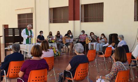 Celebración de Acción de Gracias por la presencia de la Congregación en el centro